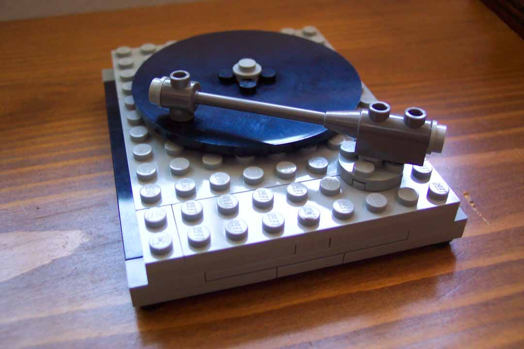 3 small things lego - Lego brick caravan a record built piece by piece ...